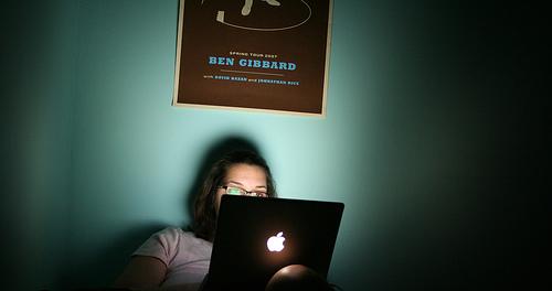 Bed Laptop