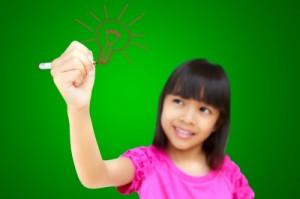girl-drawing-lightbulb
